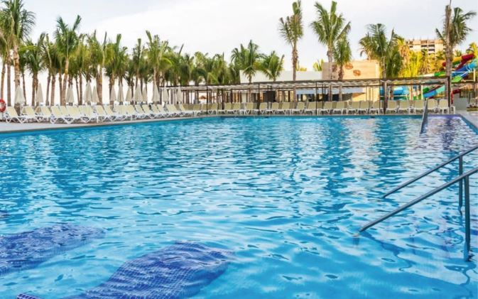 Sunwing Merry in Mazatlan Vacation Contest
